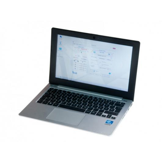 Notebook with PumpControl software